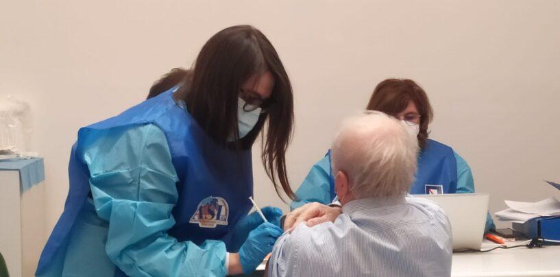 Vaccini, via alla terza dose anche in Irpinia: si parte lunedì con soggetti trapiantati e immunocompromessi