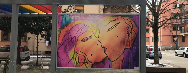 """FOTO/ Avellino, un """"Bacio"""" al centro della nuova piazza Trieste e Trento"""