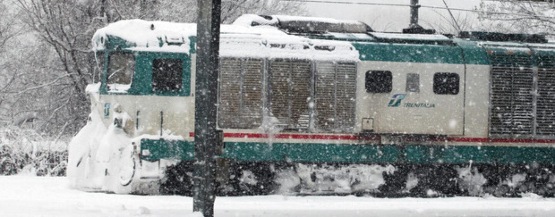 Valle Caudina, smottamento tra Benevento e Tufara Valle: passeggeri scendono dal treno