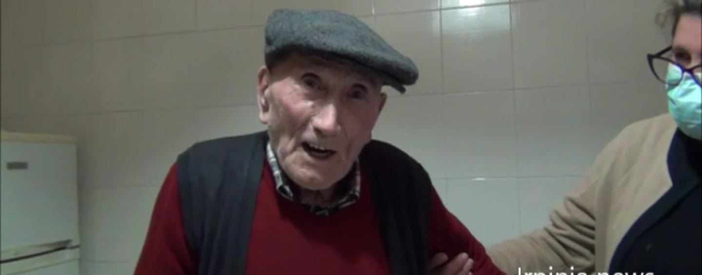 """VIDEO/""""Zi Peppo"""" di San Mango festeggia 106 anni: """"Non ho mai preso medicine in vita mia"""""""