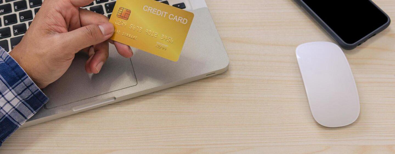 Carte di pagamento: è boom di ricerche sul web