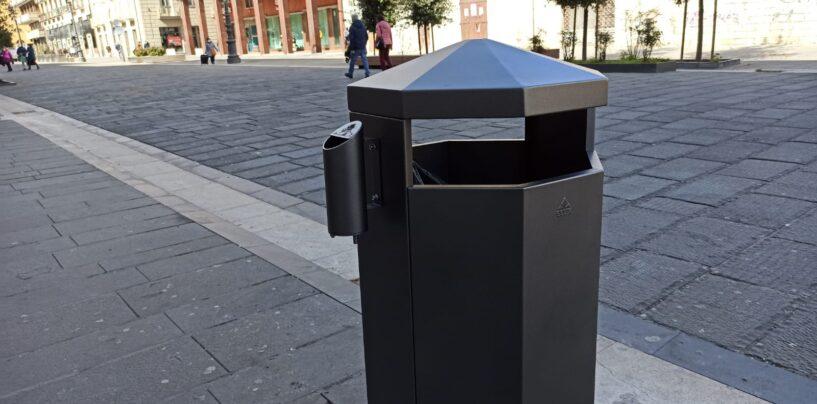 """FOTO / Nuovi cestini al Corso, presto sarà pronta anche Piazza Castello. Il sindaco: """"Avellino sempre più bella"""""""