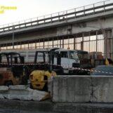 VIDEO/ Rifiuti stoccati senza autorizzazione al porto di Napoli: scatta una denuncia