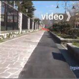"""Pista ciclabile a Viale Italia, le critiche """"pedalano"""" sui social/VIDEO"""