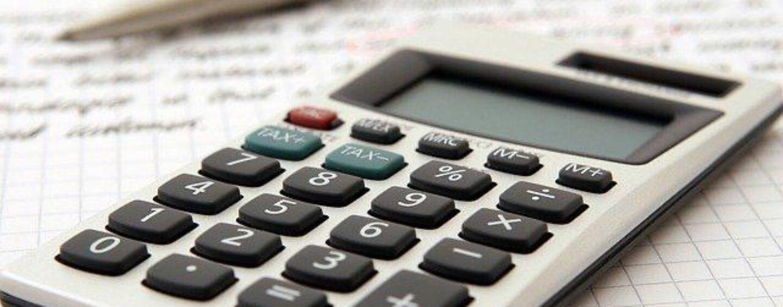 Risparmiare in casa: dal gas alla spesa, trucchi e consigli