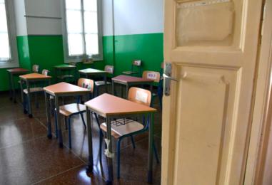 """Solofra, il caso di una classe della scuola """"Guarini"""" con solo 8 bambini in presenza"""