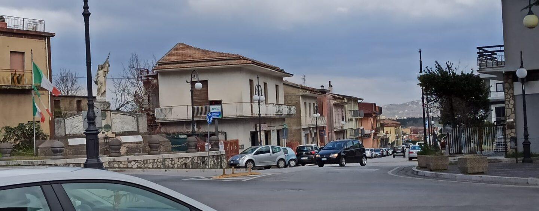 Serino, vandali danneggiano la tendo-struttura di San Biagio