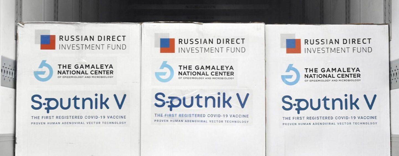 """Vaccino, la Regione Campania acquisterà il russo Sputnik. Alaia: """"Anticipiamo il Governo"""""""