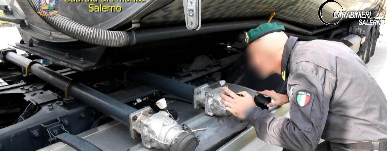 Frodi sui carburanti, maxi operazione in tutta Italia: coinvolta anche la Campania