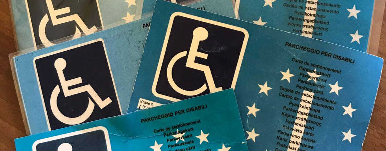 Stop ai furbetti del contrassegno disabili ad Avellino: controlli serrati dei vigili
