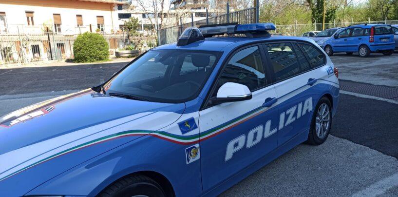 Avellino, cade dalla moto in viale Italia. Non avrebbe potuto guidarla: denunciato