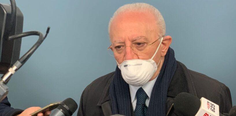 """Covid, De Luca: """"200mila vaccini entro aprile o gesti clamorosi Campania. Zona rossa? Una presa in giro"""""""