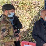 Vaccini, De Luca a Figliuolo: Campagna segue priorità over 80 e fragili