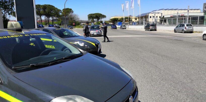 """Guardia di Finanza Napoli: nella settimana """"gialla"""" oltre 3mila controlli"""