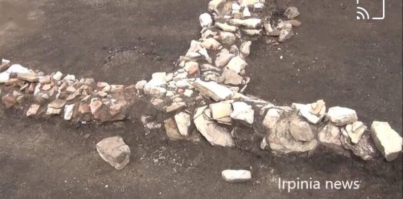 Ritrovamenti archeologici in un cantiere della Lioni Grottaminarda a Carpignano/VIDEO