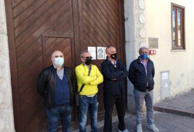 """FOTO / Finalmente. Martedì riparte il mercato bisettimanale. A Campo Genova. """"Ma tutto in via provvisoria"""""""