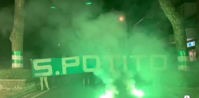 """VIDEO / Profumo di B per l'Avellino, batte forte il cuore biancoverde. """"Torcida"""" San Potito"""