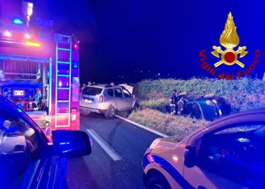 VIDEO / Raccordo Avellino-Salerno: auto fuori strada