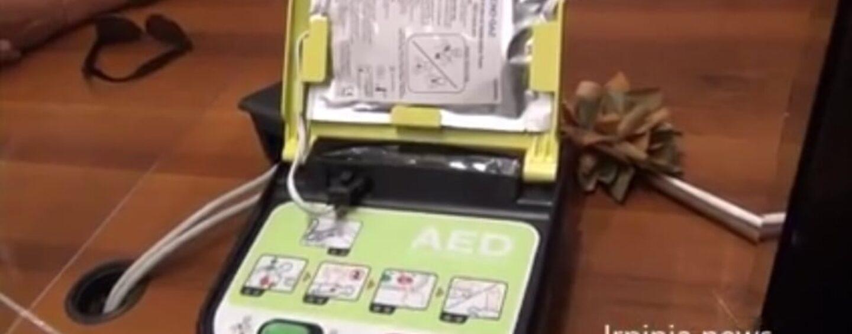 Grottaminarda: donato un defibrillatore salvavita al Comune, sarà installato in palestra/VIDEO