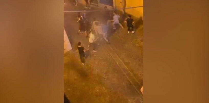 Ariano Irpino, rissa tra ragazzi in via D'Afflitto/VIDEO