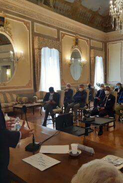 """VIDEO/ Stazione Hirpinia, vertice Carlo Sibilia-sindaci Area Vasta: """"Progetti unitari per vincere la sfida del Pnrr"""""""