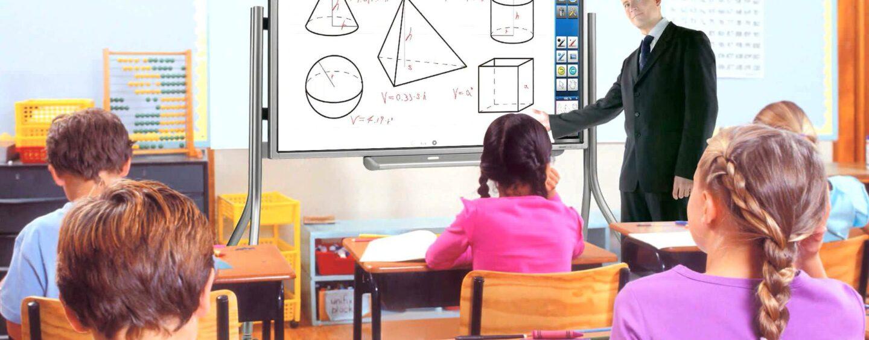 Chiusano, l'innovazione arriva a scuola: sarà il primo comune con classi dotate di sistema Lim