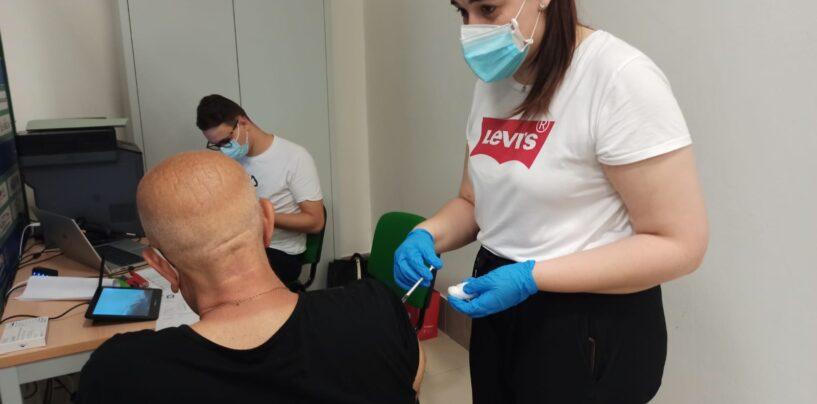 Irpinia: ad oggi 444.466 dosi di vaccino somministrate, coperto il 73% della popolazione