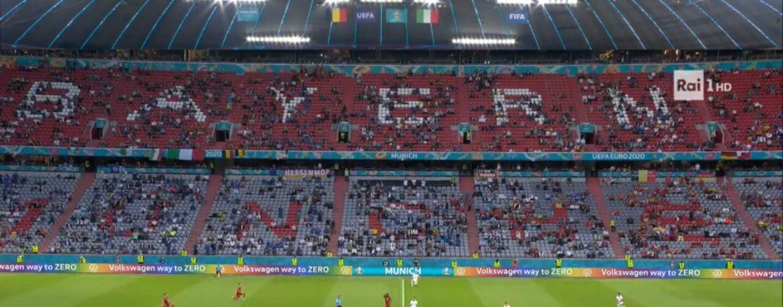 Europeo, Italia-Belgio: azzurri inginocchiati contro il razzismo