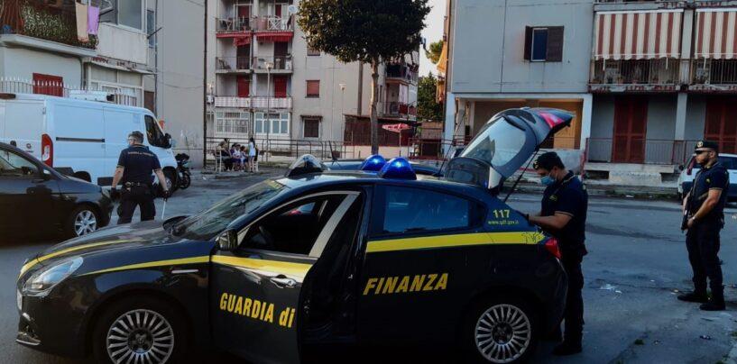 Torre Annunziata, derubato in strada un anziano: due persone arrestate