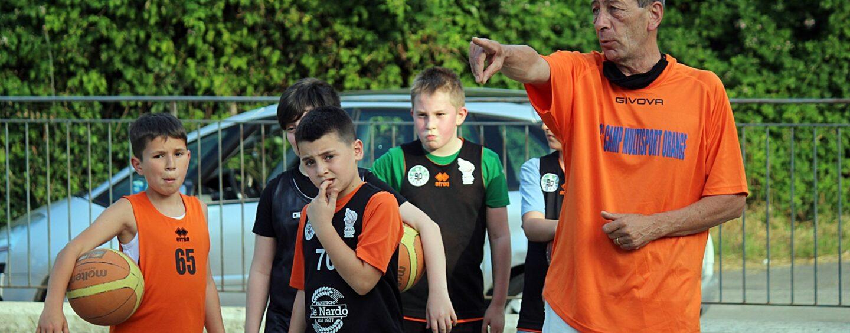 """FOTO / In palestra e in periferia, l'Acsi """"alleva"""" piccoli campioni. Il minibasket a San Tommaso è un successo"""
