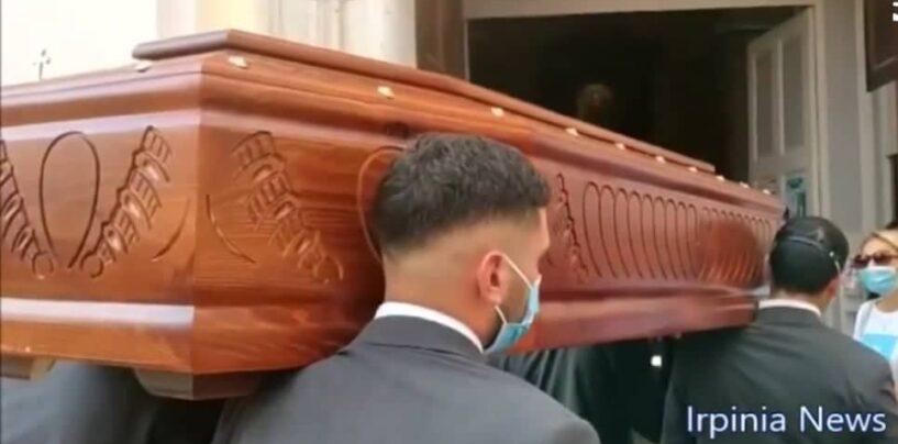 Avellino: l'ultimo saluto a Danilo, il 22enne morto alla festa di nozze/VIDEO