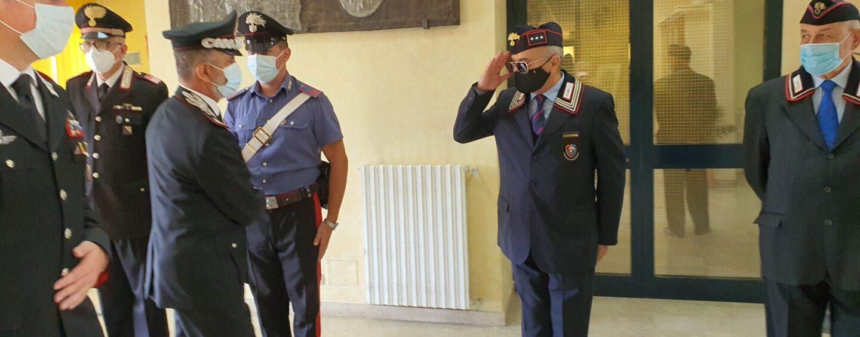 FOTO / Importante incarico a Firenze, il generale Stefanizzi saluta i carabinieri di Avellino