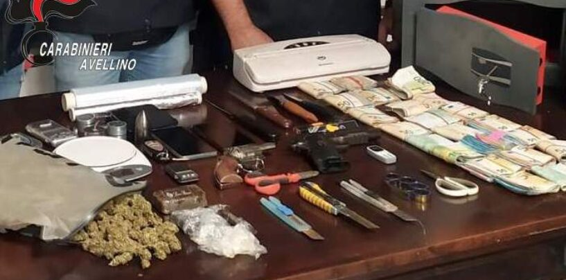 Hashish, marijuana e 23mila euro in contanti: arrestati due fratelli pusher