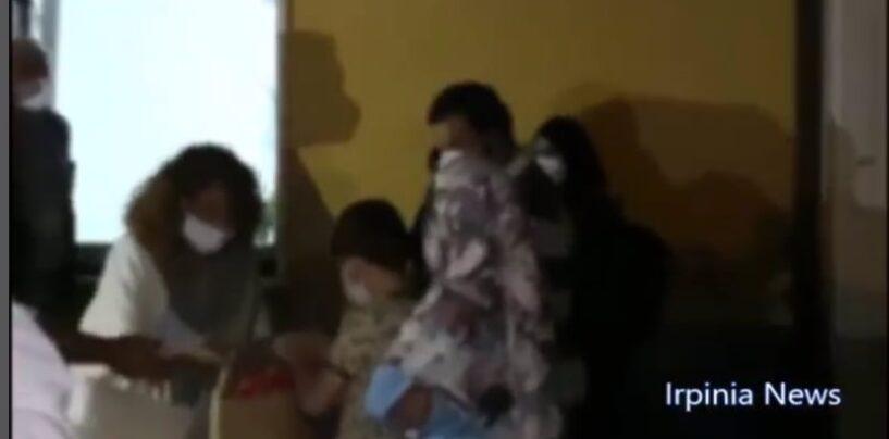 Fontanarosa, arrivata la prima famiglia di profughi afgani, scatta la solidarietà dell'Irpinia/VIDEO