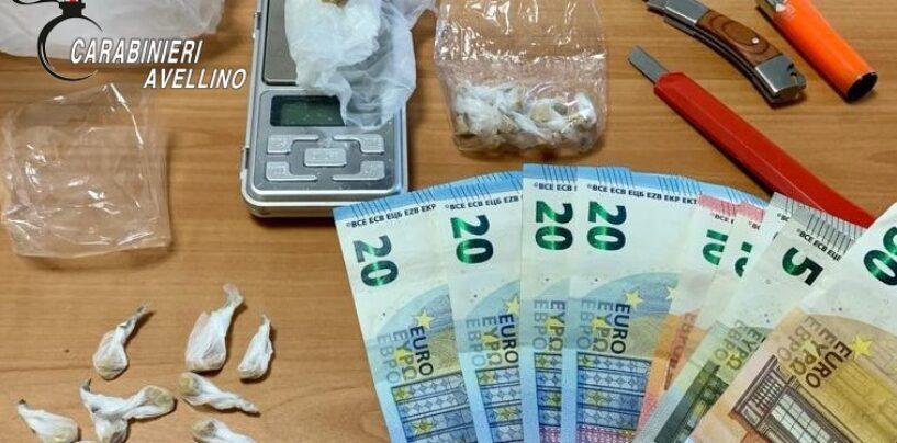 Droga, arrestato spacciatore e denunciato acquirente. 9 i grammi di eroina sequestrati
