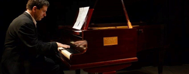 Avellino, al Conservatorio si esibisce il pianista argentino Beltramini