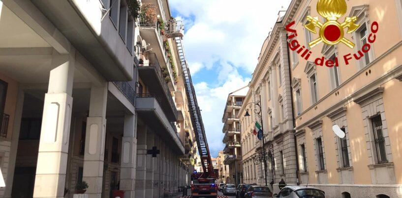 Dissesti statici: doppio intervento dei caschi rossi tra Largo De Luca e via Mancini
