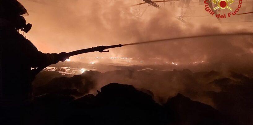 Incendio Airola: stop per azienda e aperta inchiesta, si attendono i rilievi dell'Arpac