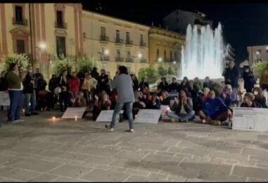 """Avellino, i No Green Pass in piazza ad Avellino: """"Siamo in dittatura, vogliamo Libertà"""""""