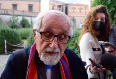 """VIDEO/ """"Popolo irpino, voi avete un tesoro ma guai a perdere il controllo pubblico dell'acqua"""": il monito di Padre Alex Zanotelli"""