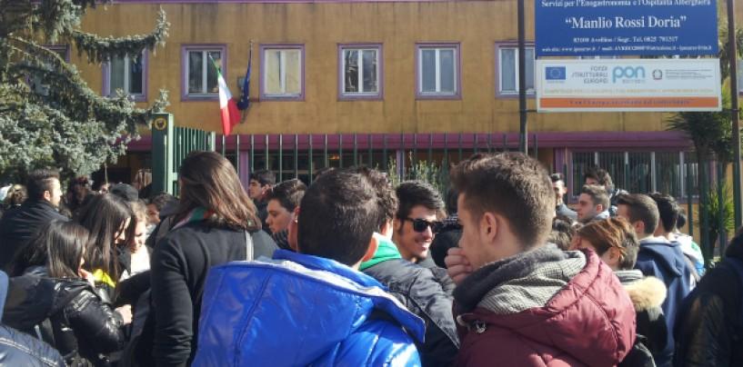 Gli alunni dell'Istituto Alberghiero Rossi-Doria commentano lo stage a Livorno