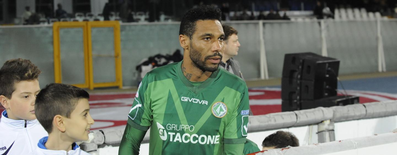 Avellino Calcio – Verso Trapani, difesa in ginocchio: Jidayi-bis se Rea non ce la fa