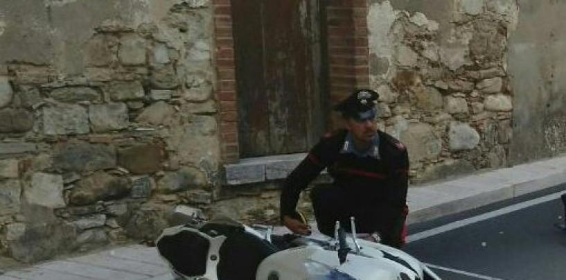 Tragedia a Vallata, giovane muore in un incidente stradale in moto