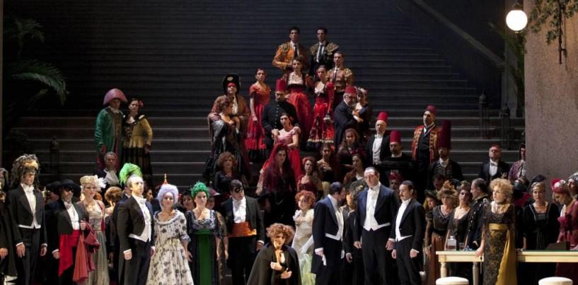 Il San Carlo in trasferta al Gesualdo di Avellino con la traviata di Ozpeteck