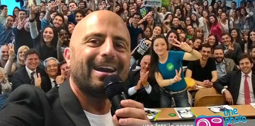 Luca Abete fa gli auguri di buon anno con un video sul suo profilo facebook
