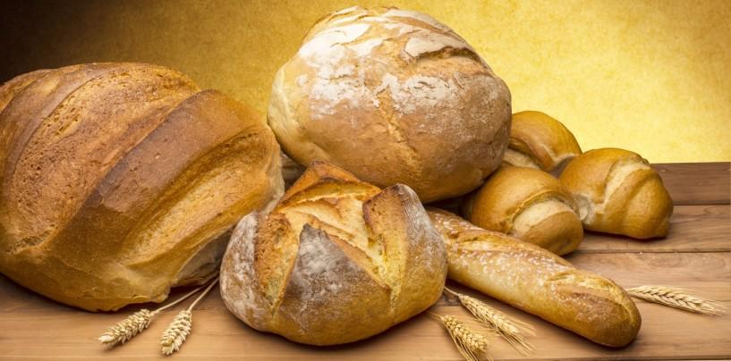 Pane, pizza e verdura gratis ogni sera: l'iniziativa di un fruttivendolo conquista il web