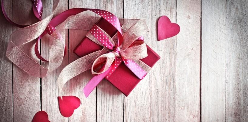 Idee per regali di San Valentino? In Italia boom di e-commerce e acquisti online