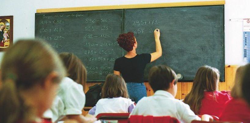 La ministra Fedeli comunica ai docenti 52mila immissioni in ruolo entro il 14 agosto