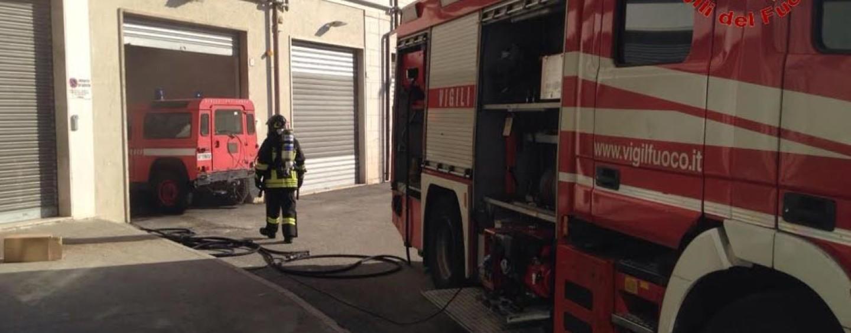 """Avellino, in fiamme una vettura di servizio di Irpiniambiente. La società: """"Guasto tecnico"""""""