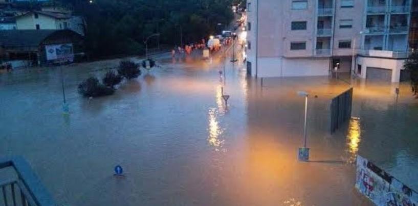 Esonda di nuovo il fiume Calore, Benevento sott'acqua